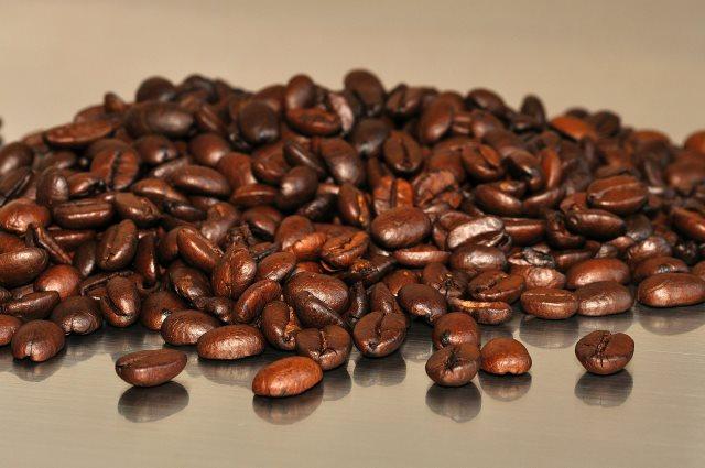 entkoffeinierte-kaffeebohnen-test